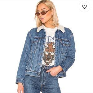 NWT Levi's Ex Boyfriend Sherpa denim jacket
